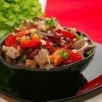 Салат с отварной говядины