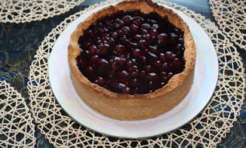 Сладкий пирог с вишней