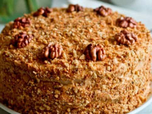 Ленивый медовый торт