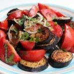 Салат из баклажанов и помидор