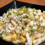 Салат кальмары с ананасами