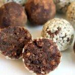Янчмиш (шарики из орехов и изюма)